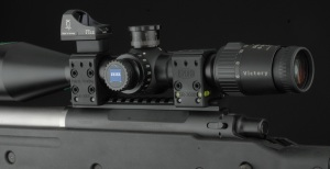 Spuhr Mount with Reflex Sight Mounted Above Turrets